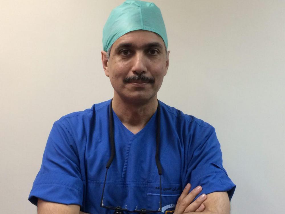 دکتر کامران حسین زاده متخصص عمل جراحی قلب باز